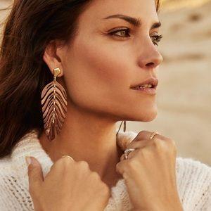 Kendra Scott Lotus Earrings   Rose Gold